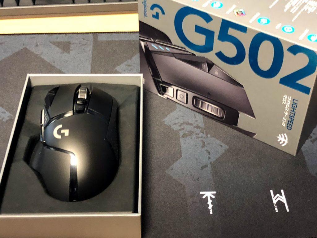 G502WL外箱と本体